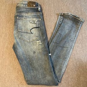 Distressed AE jeans